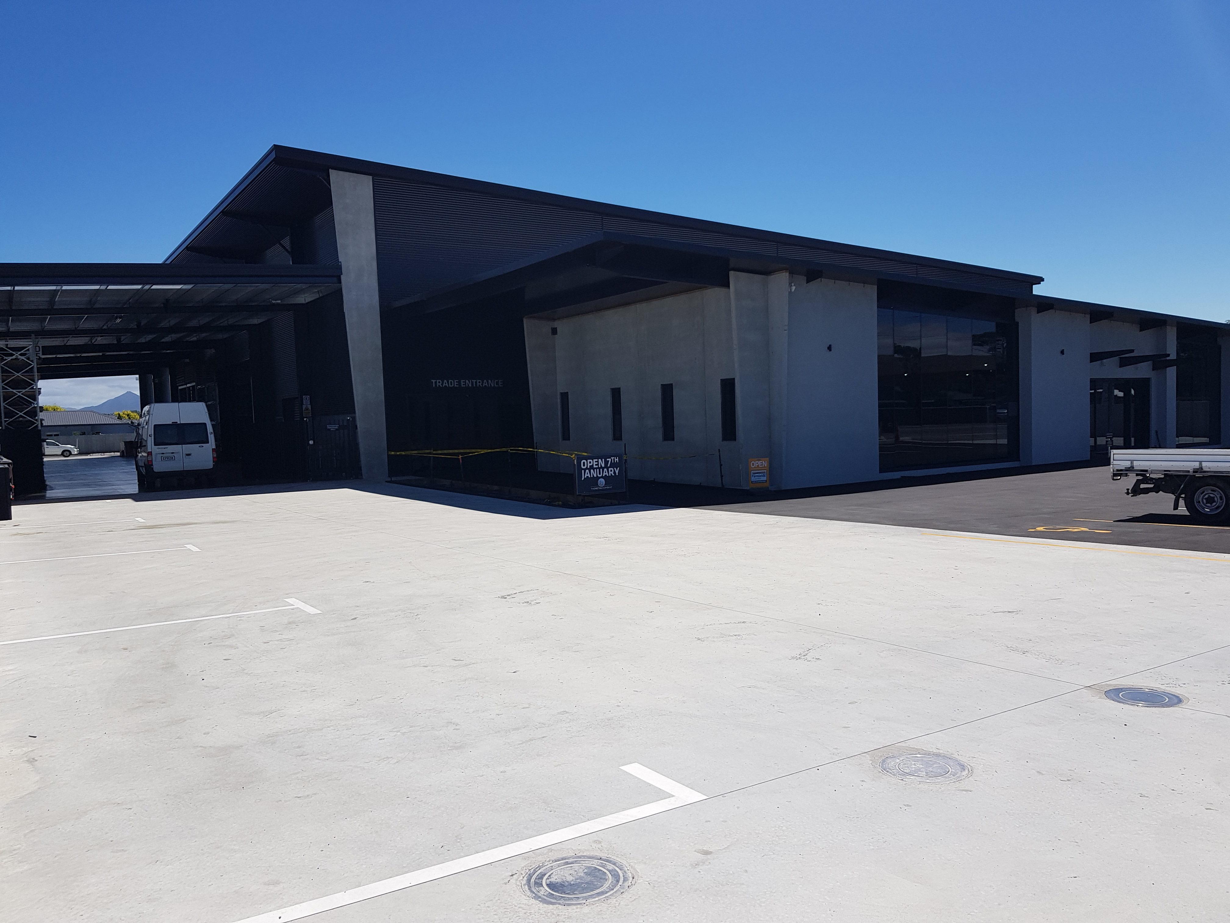 Commercial premesis entry yard over Inforce steel fibre reinforced slab work