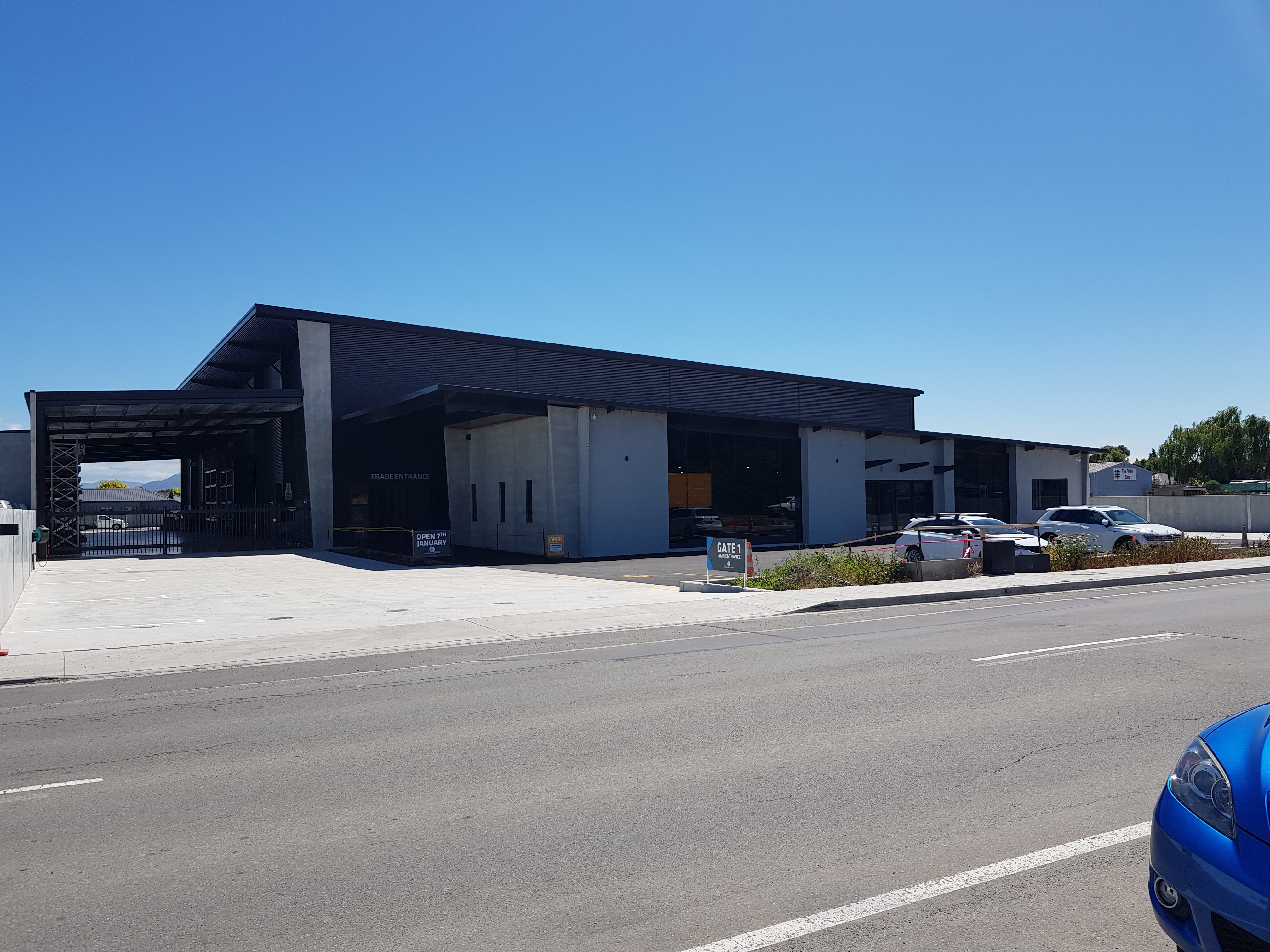 Business facility with fibre cement work