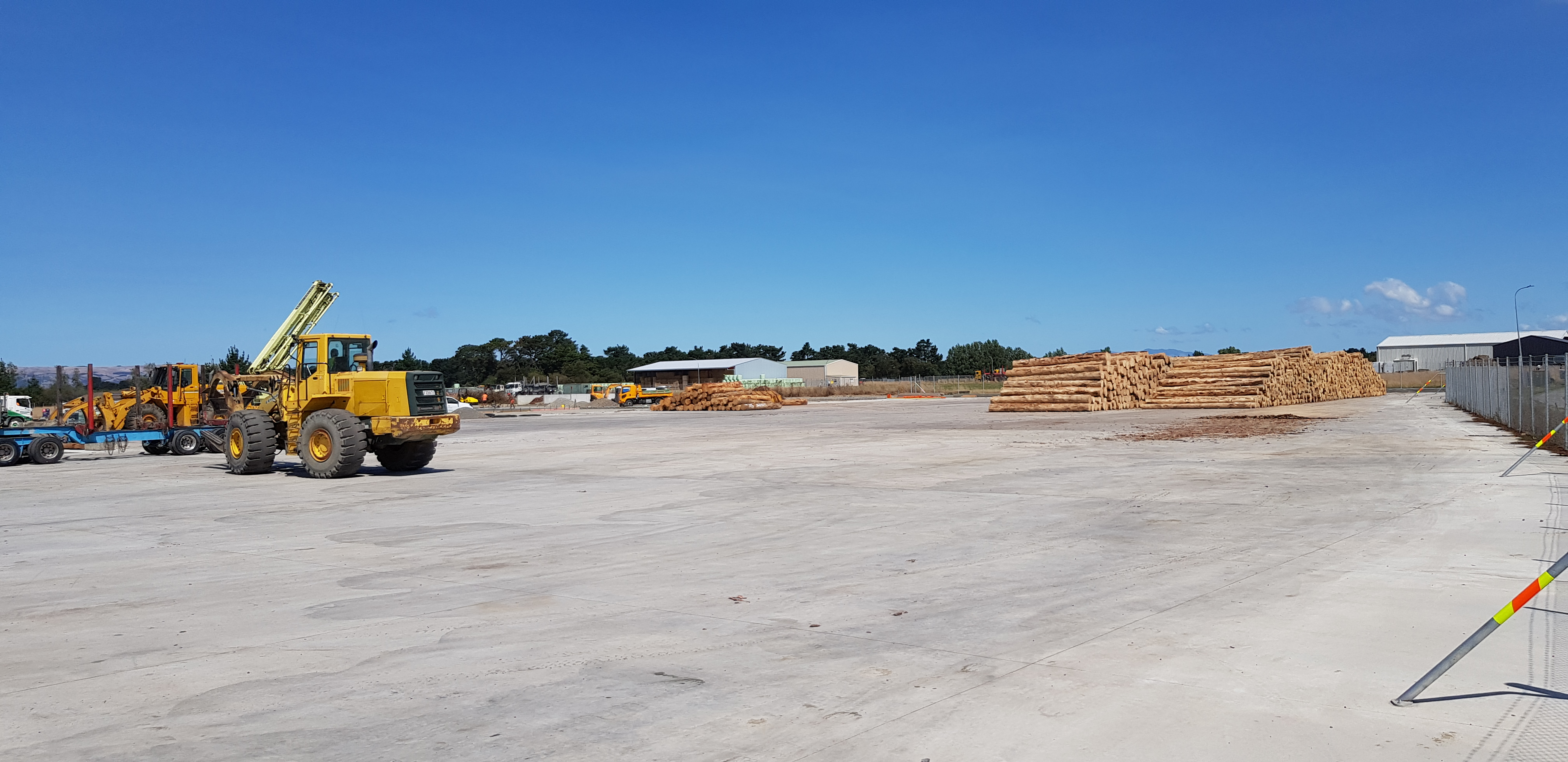 Log handling yard with immense load bearing strength with steel fibre by Inforce