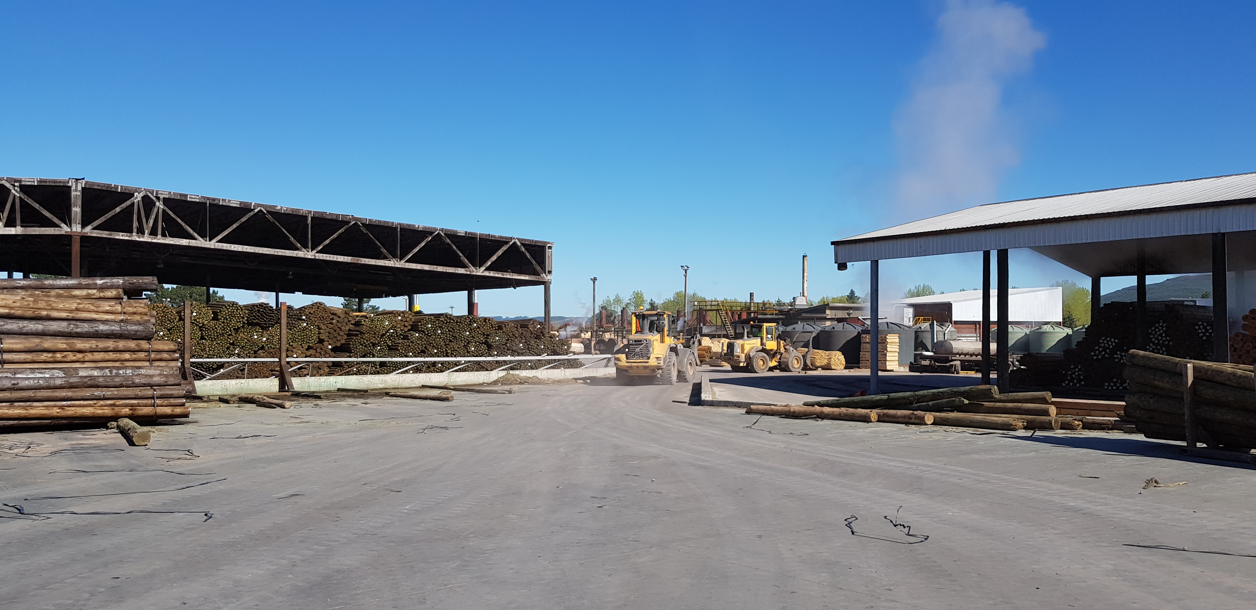 Timber loading bay with heavy vehicle traffic showing the strength of our synthetic fibre reinforced concrete